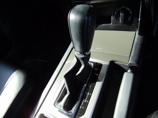 トヨタ ランドクルーザープラド TX アルジェントクロス 9型フルセグSDナビ 7人乗り