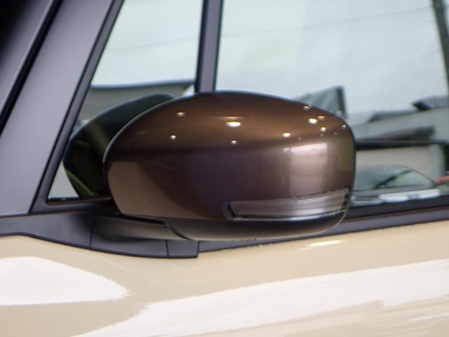 ★おしゃれな装備である《ミラーウィンカー!》外観の美しさだけでなく、運転時の安全性も上がる装備品です。★