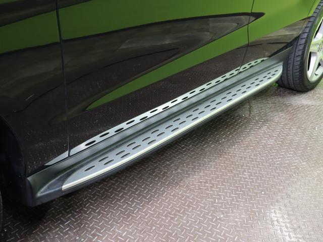 ML350 ブルーテック4マチックAMGスポーツ 4WD フルセグHDDナビ Bカメラ 黒革Pシート 全席シートヒーター プレセーフブレーキ レーンキープアシスト F&Rソナー キーレスゴー Pバックドア ルーフレール オートHID&フォグ 20AW 7AT(60枚目)