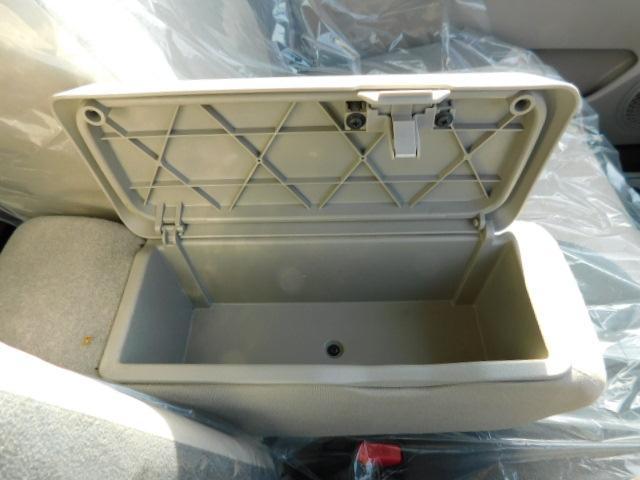 スタイルG SAII ワンオーナー フルセグ内蔵メモリーナビ LEDヘッドライト キーフリー(27枚目)