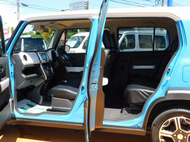 X ワンオーナー車 HIDヘッドライト 運転席シートヒーター キーフリー 走行距離69,668km(12枚目)