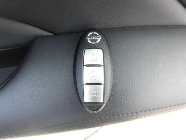 日産 フーガハイブリッド Aパッケージ 2年3万キロ保証 元レンタカー