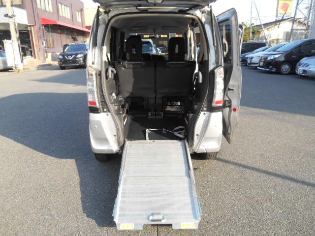 G 半年5000km保証 スロープ式車いす移動車ウインチ車いす固定装置社外オーディオスマートキー(10枚目)