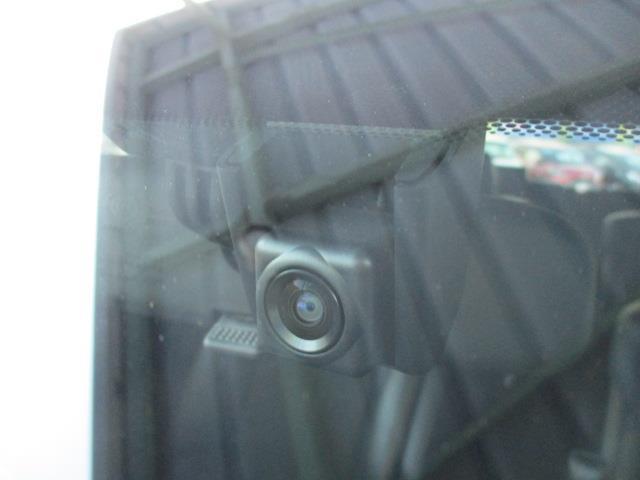 2.5Z Aエディション ゴールデンアイズ サンルーフ フルセグ DVD再生 後席モニター バックカメラ 衝突被害軽減システム ETC ドラレコ 両側電動スライド LEDヘッドランプ 乗車定員7人 3列シート 記録簿(4枚目)