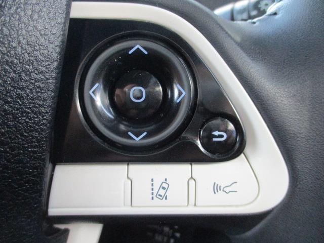 A フルセグ メモリーナビ DVD再生 ミュージックプレイヤー接続可 バックカメラ 衝突被害軽減システム ETC ドラレコ LEDヘッドランプ 記録簿(16枚目)