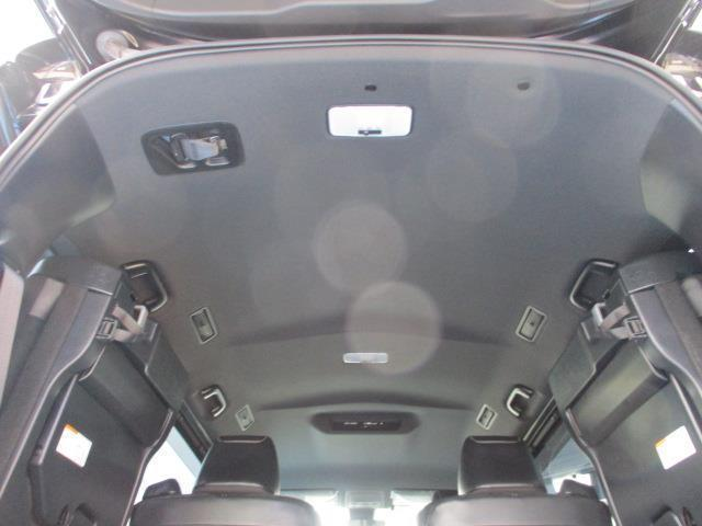 ZS G's フルセグ DVD再生 バックカメラ 衝突被害軽減システム ETC 両側電動スライド LEDヘッドランプ ウオークスルー 乗車定員7人 3列シート ワンオーナー 記録簿 アイドリングストップ(10枚目)