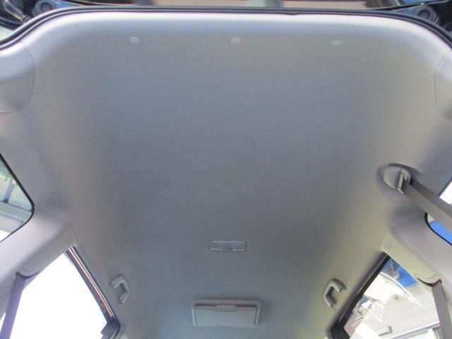 1.8S フルセグ メモリーナビ 後席モニター バックカメラ ETC HIDヘッドライト 乗車定員7人 3列シート ワンオーナー 記録簿(10枚目)