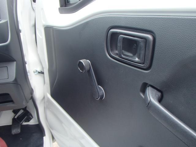スタンダードSAIIIt 4WD 届出済未使用車 禁煙車 衝突被害軽減ブレーキ 5速マニュアル エアコン パワステ 三方開(15枚目)