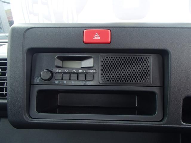 スタンダードSAIII 4WD 届出済未使用車 5速MT 衝突被害軽減ブレーキ エアコン パワステ 三方開(30枚目)
