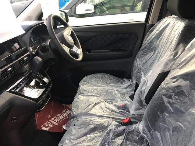 「車が壊れたらどうしたらいいの?」「事故の時ってどうするの?」クルマの事ってわからないことだらけ。でも、当店にクルマのことはぜ〜んぶおまかせ!わからない事があればすぐにヒカリノ自動車にご連絡を!