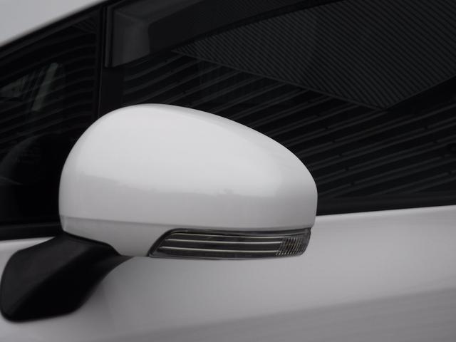 ★ドアミラ-ウインカ-タイプなので右折・左折の際、対向車や後方車にも確認されますので安全に乗れます!