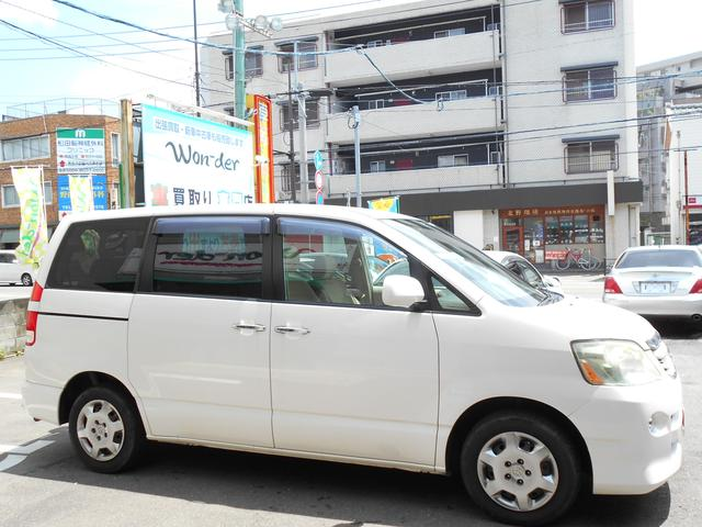 トヨタ ノア X リミテッド フリップダウンモニター