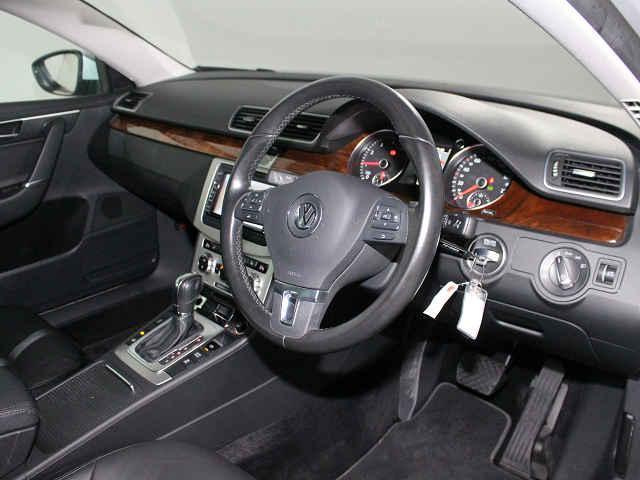 フォルクスワーゲン VW パサート TSI Highline