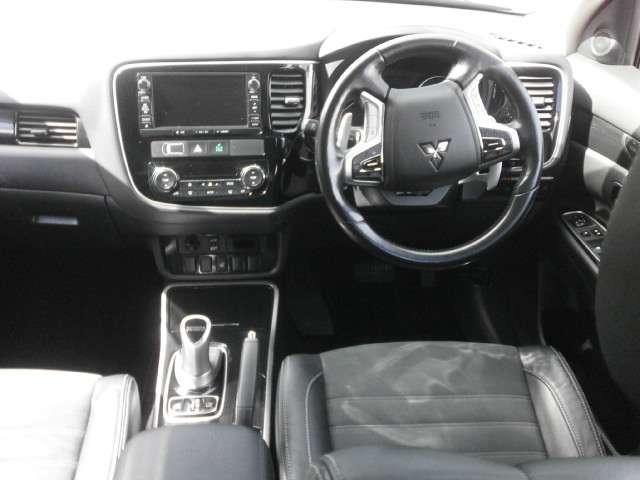 Gナビパッケージ 4WD ワンオーナー ナビ フルセグTV(11枚目)