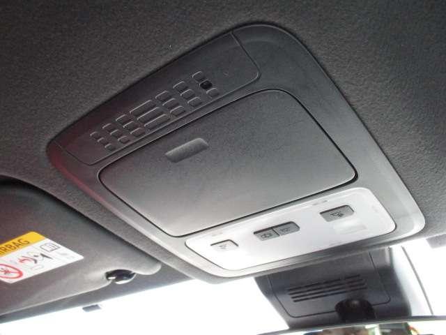 ZS 煌 電動スライドドア両側 ワンオ-ナ- スマキー ETC付 LEDライト CD TVナビ 禁煙車 DVD 3列シート メモリーナビ 横滑り防止装置 アルミ キーレス 盗難防止システム ABS 記録簿(62枚目)