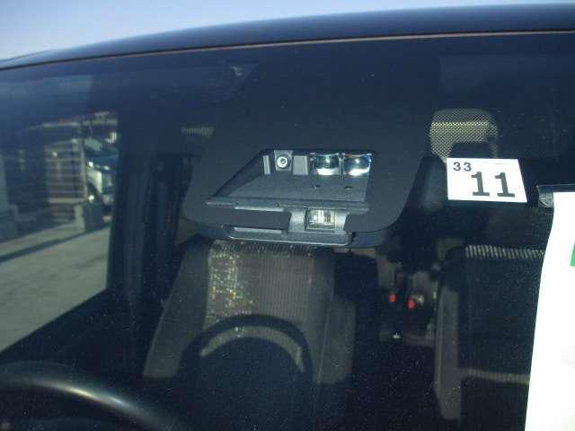 ZS 煌 電動スライドドア両側 ワンオ-ナ- スマキー ETC付 LEDライト CD TVナビ 禁煙車 DVD 3列シート メモリーナビ 横滑り防止装置 アルミ キーレス 盗難防止システム ABS 記録簿(79枚目)