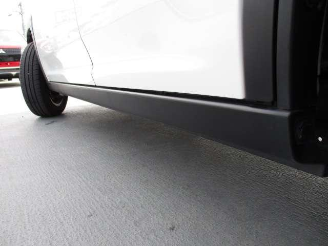 J シートH 横滑り防止 1オーナー AC キーフリー LED WエアB ABS アルミ スマートキー 禁煙車 誤発信抑制機能 Aストップ ベンチシート 盗難防止(32枚目)