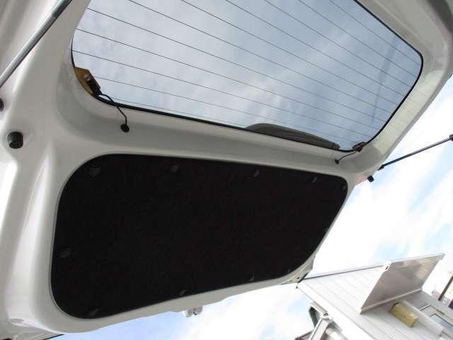 J シートH 横滑り防止 1オーナー AC キーフリー LED WエアB ABS アルミ スマートキー 禁煙車 誤発信抑制機能 Aストップ ベンチシート 盗難防止(43枚目)