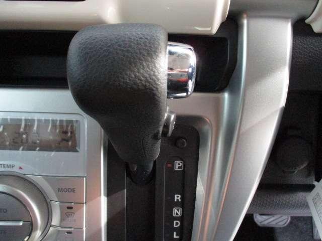 J シートH 横滑り防止 1オーナー AC キーフリー LED WエアB ABS アルミ スマートキー 禁煙車 誤発信抑制機能 Aストップ ベンチシート 盗難防止(64枚目)