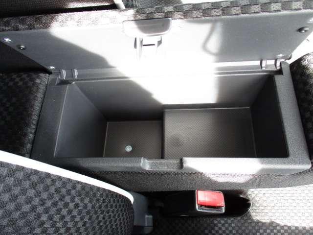 J シートH 横滑り防止 1オーナー AC キーフリー LED WエアB ABS アルミ スマートキー 禁煙車 誤発信抑制機能 Aストップ ベンチシート 盗難防止(77枚目)