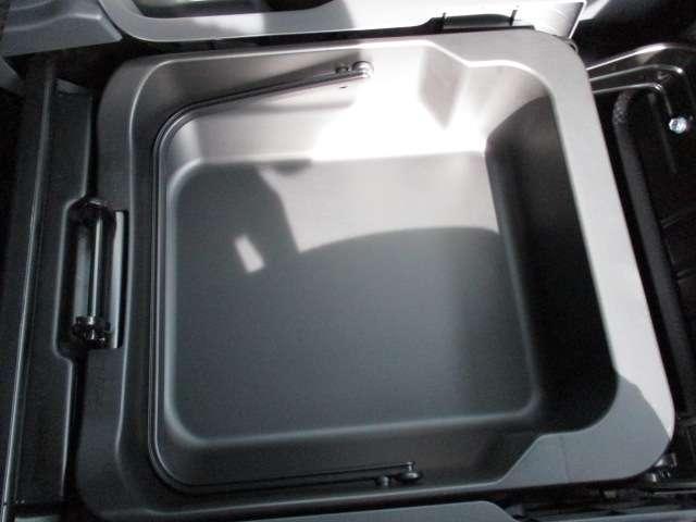 J シートH 横滑り防止 1オーナー AC キーフリー LED WエアB ABS アルミ スマートキー 禁煙車 誤発信抑制機能 Aストップ ベンチシート 盗難防止(78枚目)