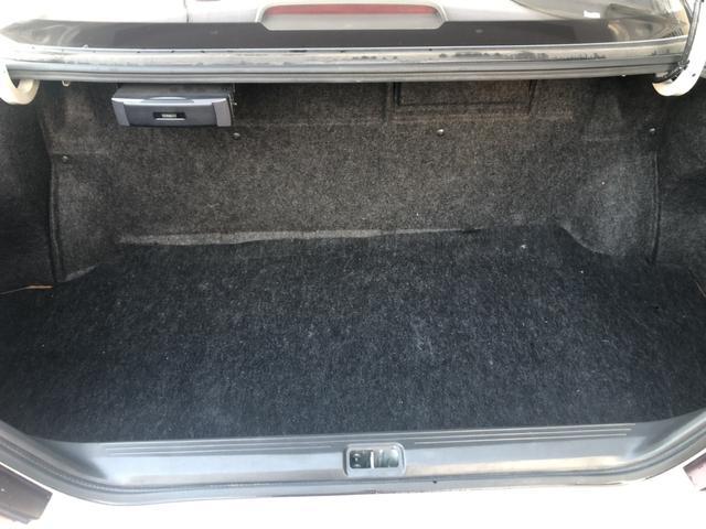 トランクはまあまあな広さですがこの型から長い物が入れにくい形状になりました。