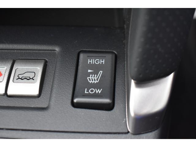 前席は、シートヒーター内蔵で、寒い時も快適です。
