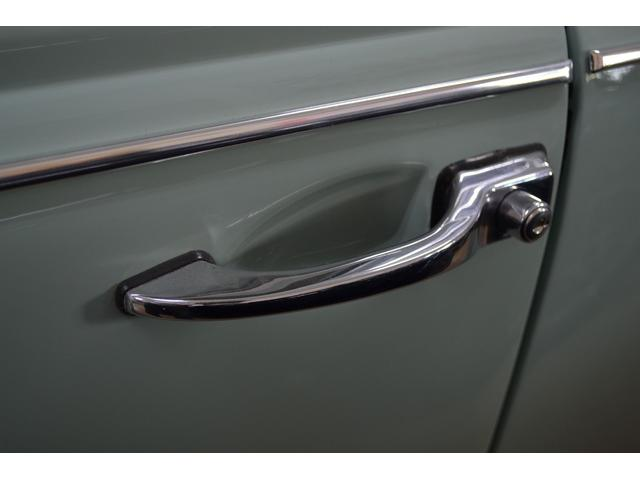 1300 タイプ1 レストア 1967モデル ホワイトリボン(20枚目)