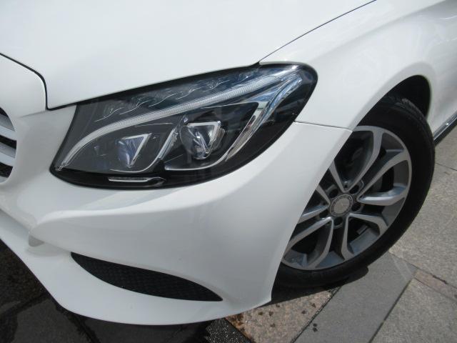 ◆LEDヘッドライトを採用◆夜間のドライブも快適に安全に◆強力な白色光でより遠く広い範囲を照射します◆