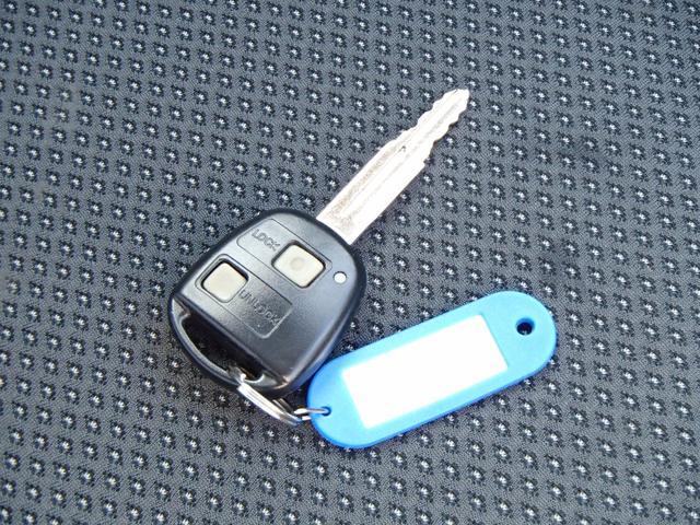 トヨタ パッソ X HIDリミテッド 1年走行無制限保証 キーレス 社外AW