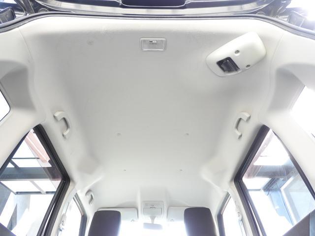ブラック&ホワイト 社外SDナビ・DTV・スマートキー・ETC・シートヒーター・両側パワースライドドア・HIDライト・LEDイルミネーション(15枚目)