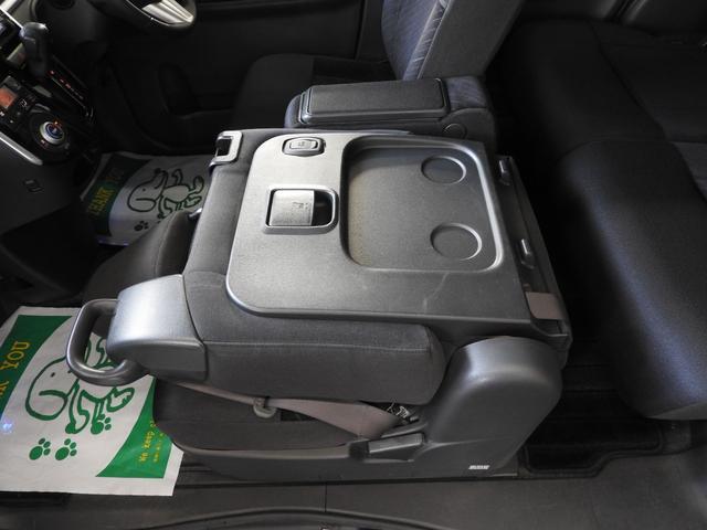 カスタムRS SA アイドリングストップ・スマートアシスト・純正8インチSDナビ・フルセグTV・バックモニター・bluetooth・USB・LED室内灯・両側Pスライドドア・LEDライト・タイヤ2本NEW(26枚目)