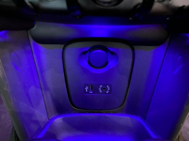 クーパーD ワンオーナー 純正ナビ LED 15アルミ(15枚目)