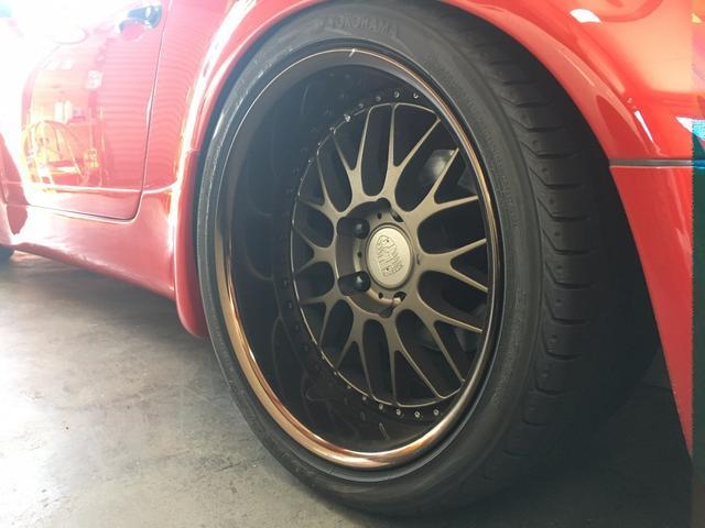 ポルシェ ポルシェ 911スピードスター 5速MT 左ハンドル フルセグナビ 革