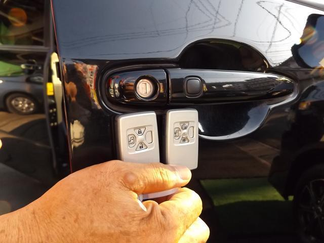 トヨタ ヴォクシー ZS HDDナビ Pスタート スマートキー自動ドア 2年保証