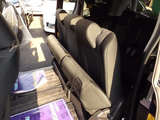 トヨタ ヴォクシー ZS HDDナビフルセグ Bカメラ 自動ドア 後期 2年保証