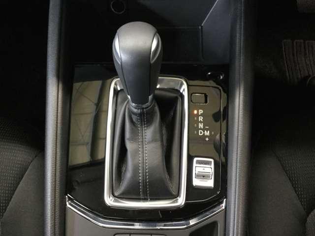 2.0 20S プロアクティブ 衝突被害軽減 LEDライト パワーバックドア サイドカメラ シートヒー 電動シート ETC クルコン アイドリングストップ コーナーセンサー スマートキー バックモニター付き エアバック ABS(8枚目)