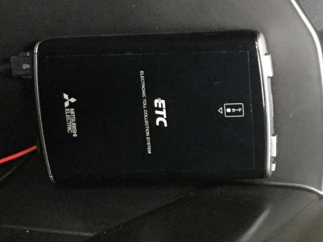 2.0 20S プロアクティブ 衝突被害軽減 LEDライト パワーバックドア サイドカメラ シートヒー 電動シート ETC クルコン アイドリングストップ コーナーセンサー スマートキー バックモニター付き エアバック ABS(10枚目)