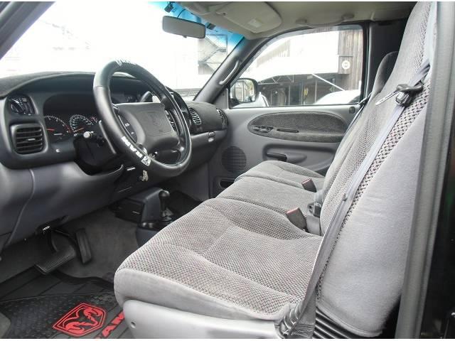 ダッジ ダッジ ラム ララミーSLT 4WD リフトUP  1ナンバー