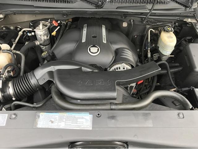 キャデラック キャデラック エスカレード 新車並行 V8 8ナンバー サンルーフ