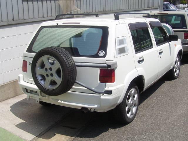 日産 ラシーン フォルザ 4WD