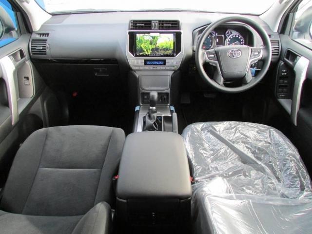 2.8 TX ディーゼルターボ 4WD 新車コンプリート(2枚目)