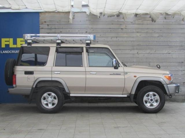 4.0 4WD 30周年記念モデル(5枚目)