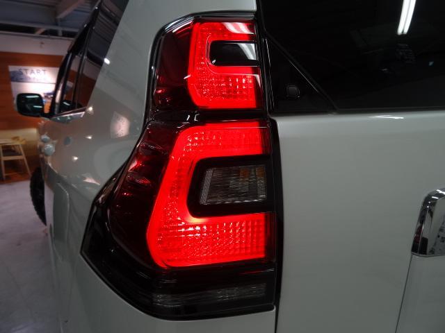 トヨタ ランドクルーザープラド TX-Lガソリン本革7人乗り レイズ20インチ 9インチナビ