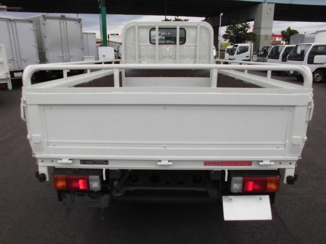 3トンフルジャストロー平ボディ 4ナンバー車 バックカメラ(7枚目)