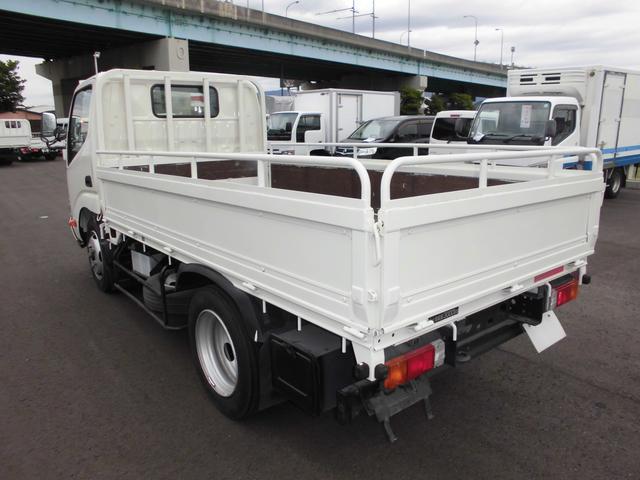 3トンフルジャストロー平ボディ 4ナンバー車 バックカメラ(8枚目)