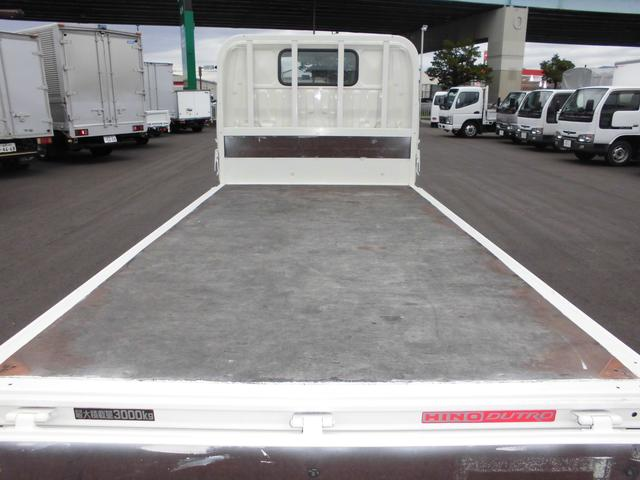 3トンフルジャストロー平ボディ 4ナンバー車 バックカメラ(11枚目)