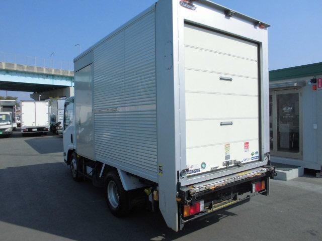 いすゞ エルフトラック 2.75t低温冷蔵冷凍格納パワーゲート バックカメラ