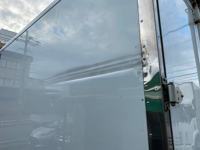 2.45トンワイドー30℃設定低温冷凍 格納パワーゲート オートマ バックカメラ サイドドア 床キーストン ラッシングレール2段(5枚目)