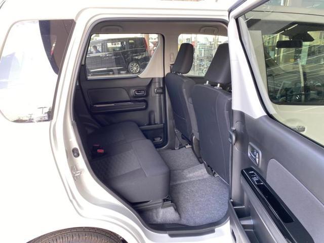 ハイブリッドX リミテッド 盗難防止装置 シートヒーター 修復歴無 エンジンスタートボタン オートライト 衝突安全装置 車線逸脱防止支援システム ヘッドランプ LED EBD付ABS 横滑り防止装置 アイドリングストップ(7枚目)